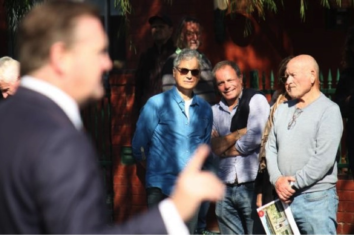 2 out of 3 interested in you David! 49 Dinsdale Street Albert Park. David Wood, sold after auction undisclosed, 0 bidders